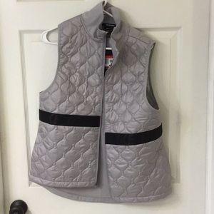 *NWT* Nike Aerolayer Vest
